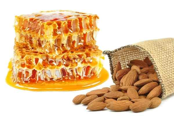 honey and almonds form an excellent choice for diy scrubs for oily skin