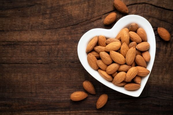 are almonds good for oily skin