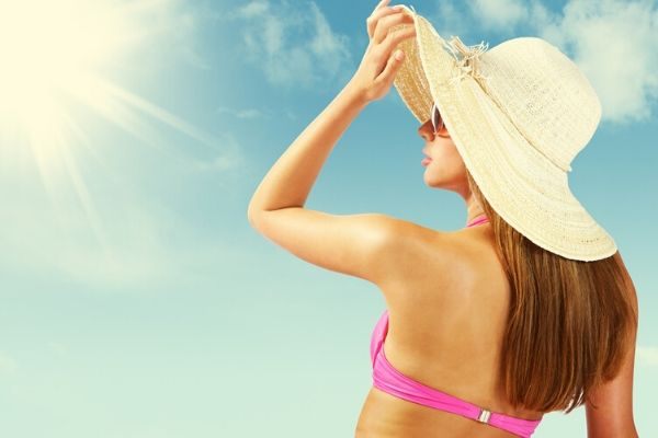 oily skin protects against sun damage