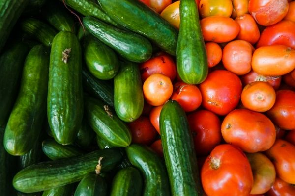 cucumber and tomato mask for oily skin