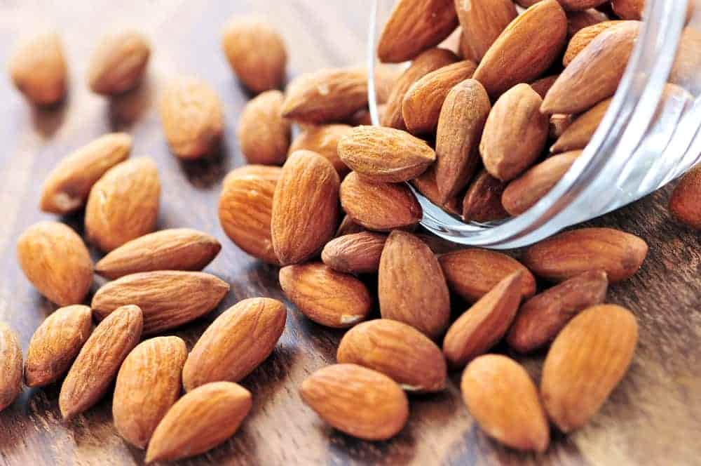 picture of almonds that can be included in oily skin diet