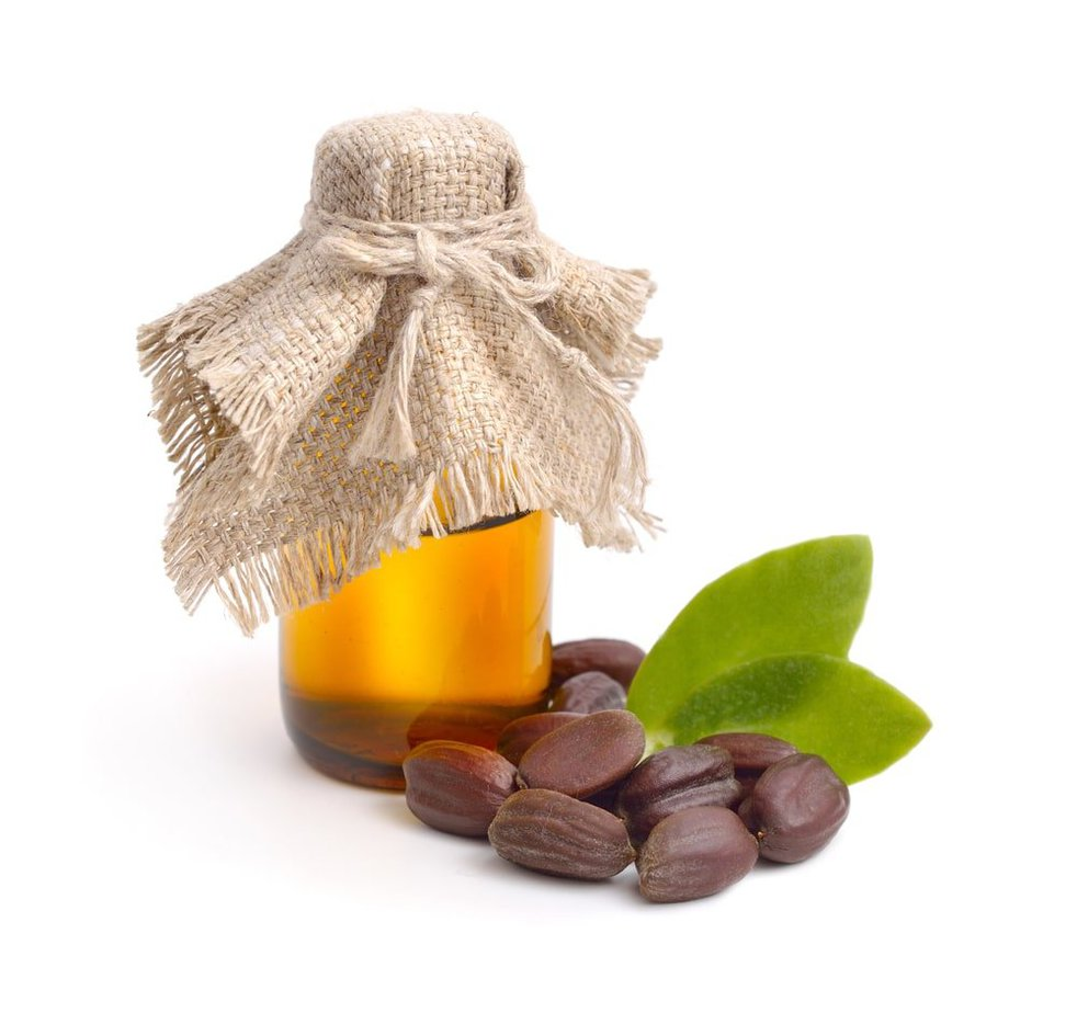 jojoba oil is a good natural remedy for acne