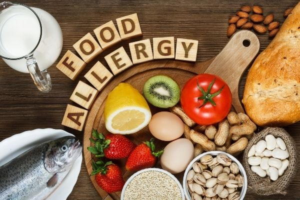 can food allergies make you break out