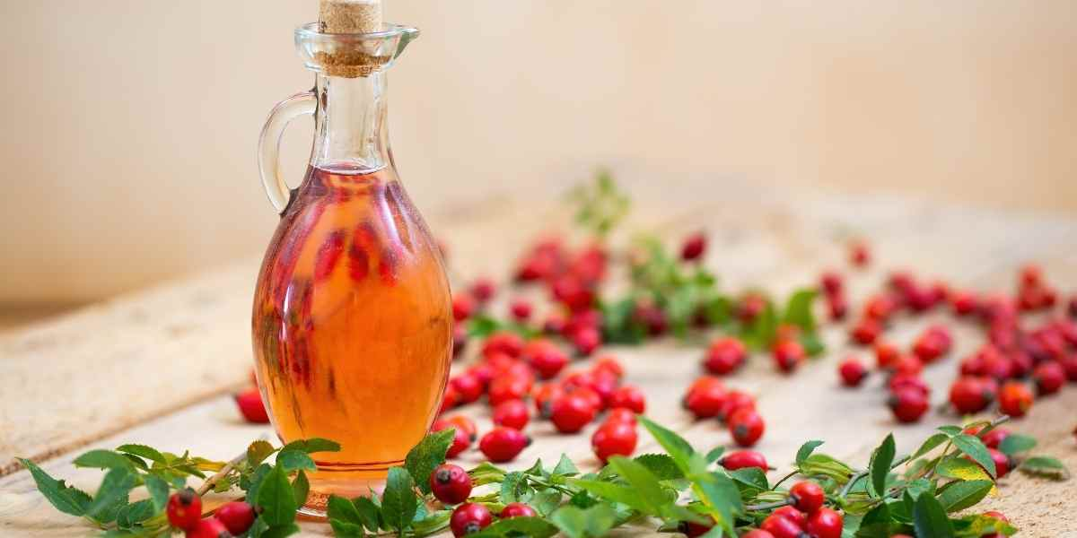 picture of rosehip seed oil